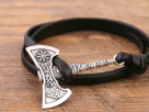 5 Types of Jewelry Commonly which were Commonly Worn by the Vikings